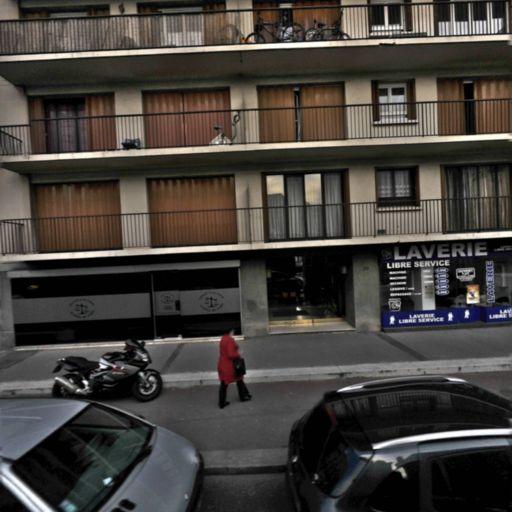 Centre dentaire de Maison Alfort Gare - Édition de journaux, presse et magazines - Maisons-Alfort