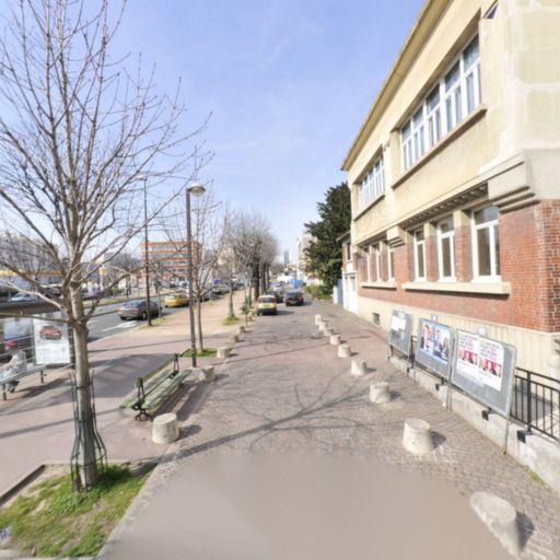 pour Distribution - Bricolage et outillage - Montreuil