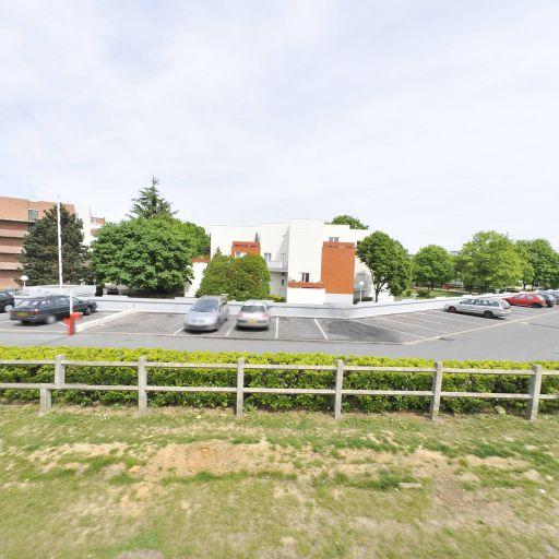 Parking Résidence du Petit Bois - Parking - Évry