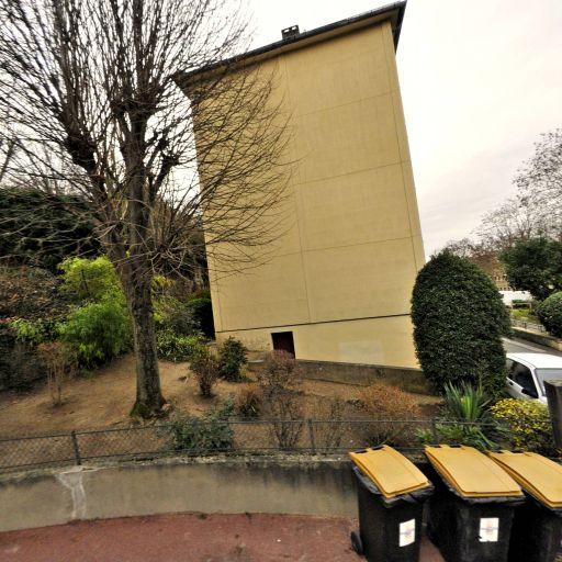 Moreau Eric - Conseil en communication d'entreprises - Saint-Germain-en-Laye