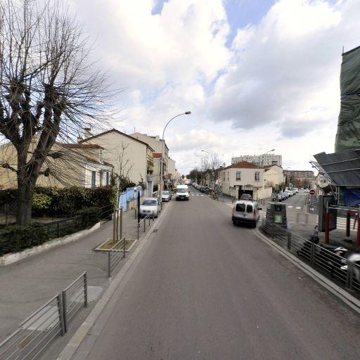 Les Bulles Etre Bien C'Est Essentiel - Infrastructure sports et loisirs - Bagnolet