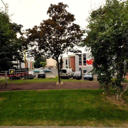 Teknik Motor Sport - Centre autos et entretien rapide - Évry