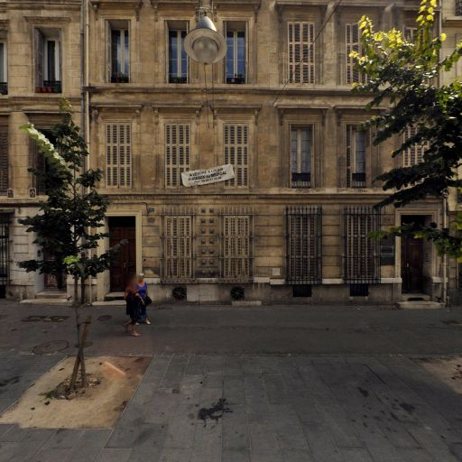 S.S.I.A.D du CCAS Service de Soins Infirmiers à Domicile - Soins à domicile - Marseille