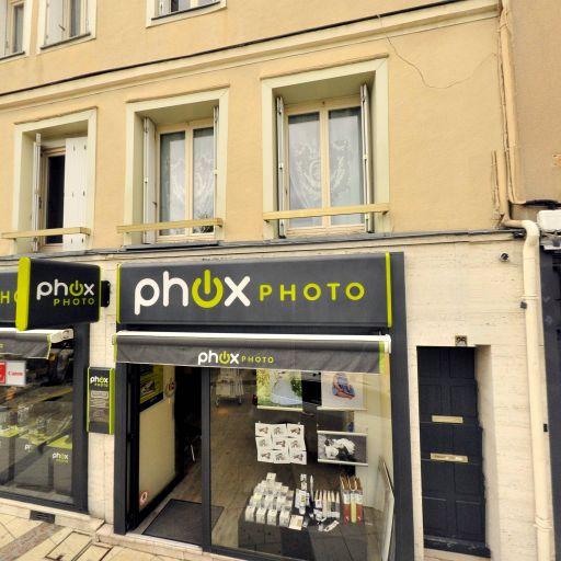 Phox - Développement et tirage photo - Chartres