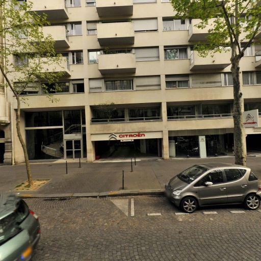 Fouquet Jean-Michel - Photographe de reportage - Paris