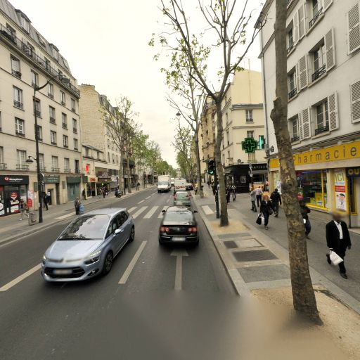 Pharmacie Des Trois Quartiers - Pharmacie - Paris