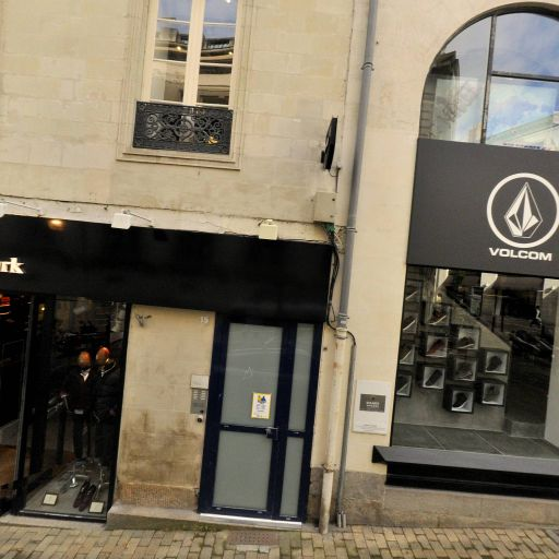 Volcom Retail France - Vêtements sportswear - Nantes