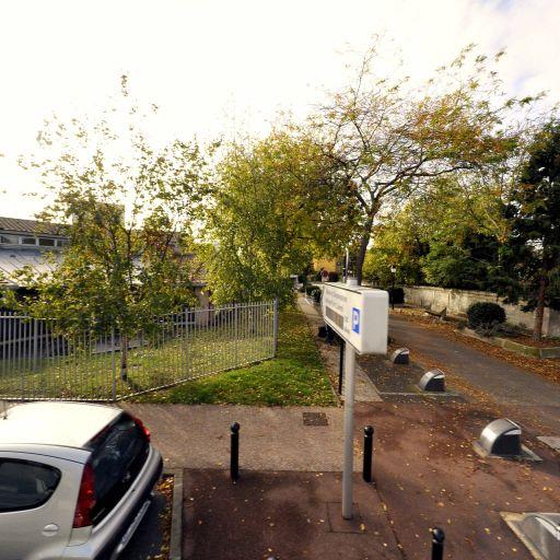 Miss Cavell - École primaire publique - Saint-Maur-des-Fossés