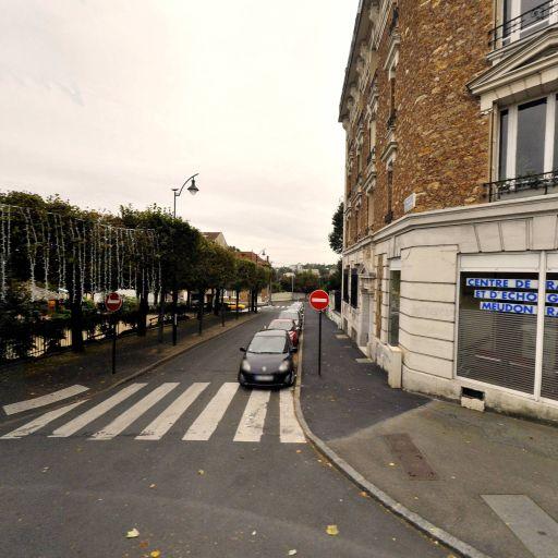 Centre de Radiologie et d'Echographie Me - Médecin radiologue - Meudon