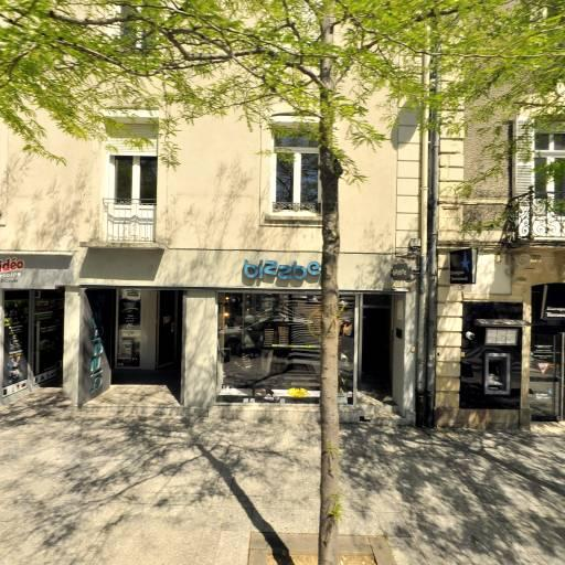 Banque Tarneaud - Banque - Cholet