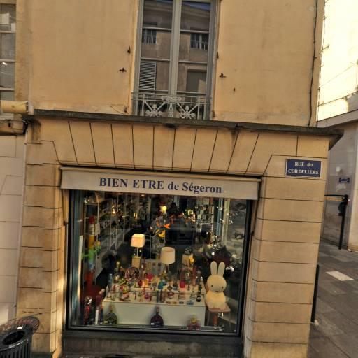 Monoprix - Supermarché, hypermarché - Poitiers
