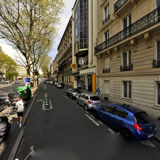 Alexandre Forget - Graphiste - Paris