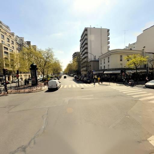 Dietrich Thomas - Production et réalisation audiovisuelle - Paris