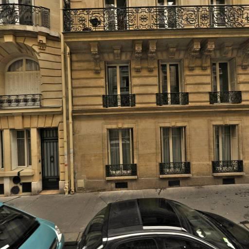 Boucobsa Deborah - Esthéticienne à domicile - Paris