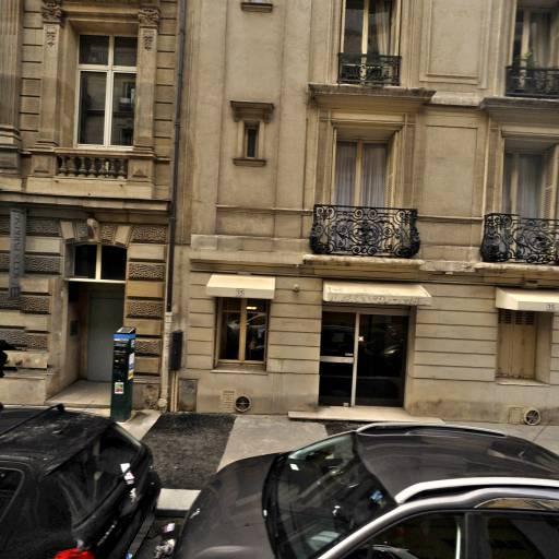 Club D'Échecs Universitaire D'Assas - Club de jeux de société, bridge et échecs - Paris
