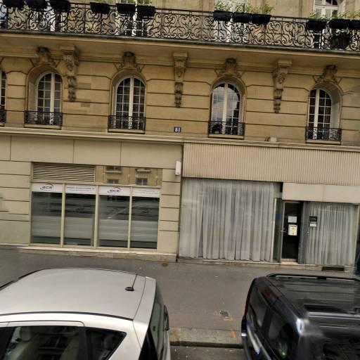 Aurélie Dessenne - Infirmier - Paris