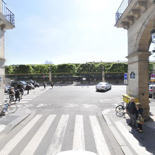 Station Vélib' Cambon - Rivoli - Vélos en libre-service - Paris
