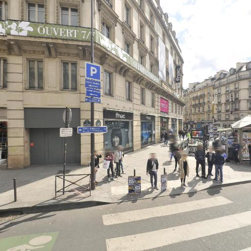 FNAC Paris - Saint-Lazare - Grand magasin - Paris