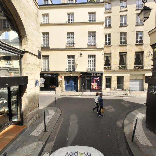 Resistance - Café bar - Paris