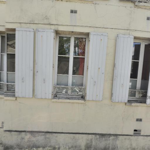 Societe du Grand Garage des Chantiers - Carrosserie et peinture automobile - Versailles