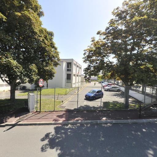 Gymnase des Lavandieres - Gymnase - Saint-Germain-en-Laye
