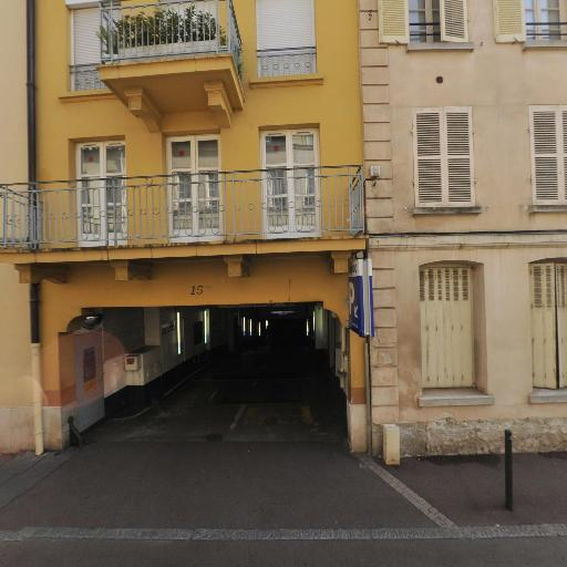 Les Coches - Parking public - Saint-Germain-en-Laye
