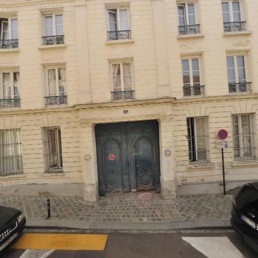 Laure De Cazenove - Psychothérapie - pratiques hors du cadre réglementé - Versailles