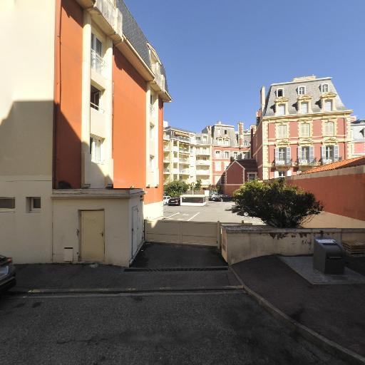Parking Grand Tonic Hôtel Biarritz - Parking public - Biarritz