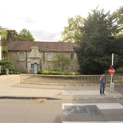 Muséum d'histoire naturelle - Attraction touristique - Dijon