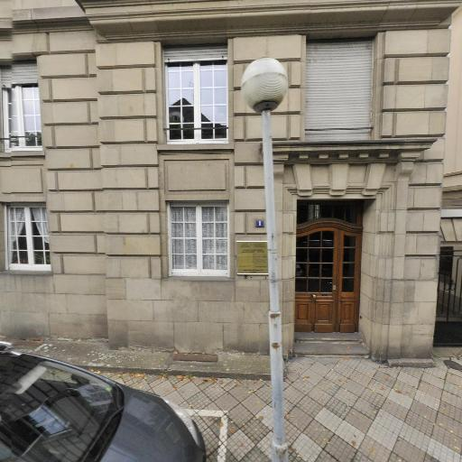 Bénédicte Costantino - Gynécologue obstétricien - Strasbourg