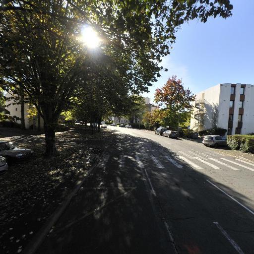 Les Jardins D'Iroise De Pau EHPAD - Établissement financier - Pau