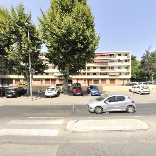 Del Et Ses Tifs - Coiffeur - Marseille
