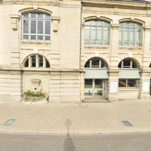 Thêatre De Bourg En Bresse - Théâtre - Bourg-en-Bresse