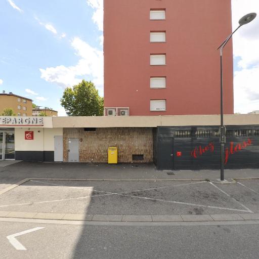 Caisse D'Epargne Et De Prévoyance Rhône-Alpes Lyon - Banque - Bourg-en-Bresse