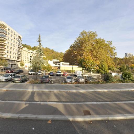 Parking Entrepôts - Parking - Lyon