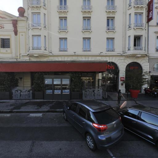 Grande Pharmacie De La Gare De Perrache - Pharmacie - Lyon