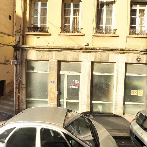La Fille qui parle à la Mer - Entrepreneur et producteur de spectacles - Lyon