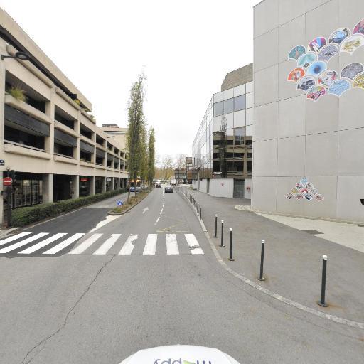 Go Sport Annecy Bonlieu - Magasin de sport - Annecy