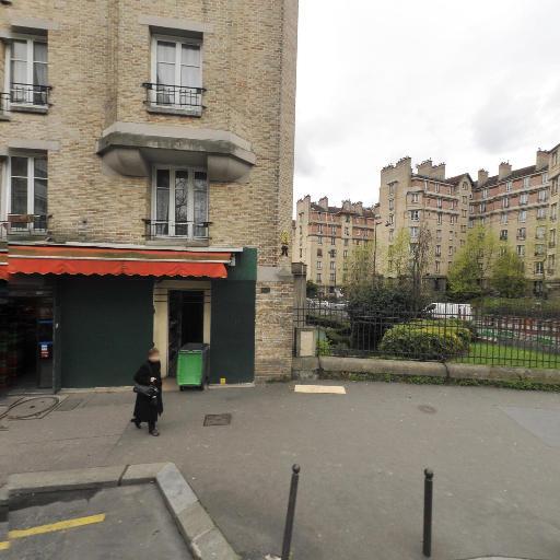 Auto Ecole First Time - Auto-école - Paris