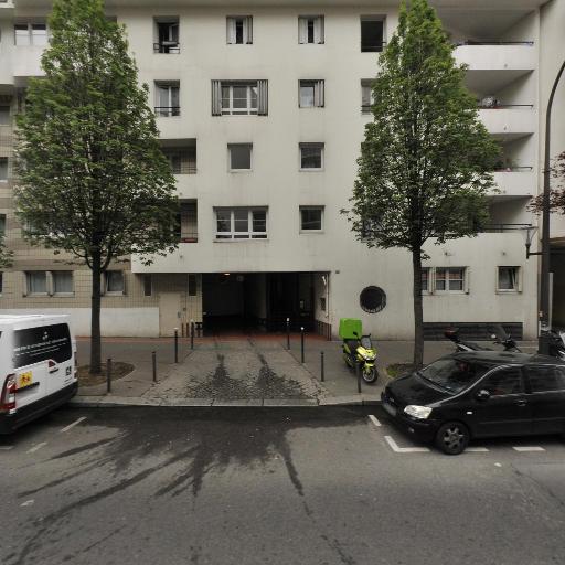 Diall - Chauffeur d'automobiles - Paris