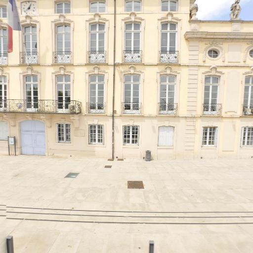 Hôtel de ville - Attraction touristique - Mâcon