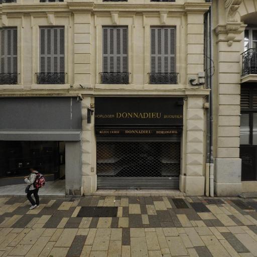 Look Voyages - Agence de voyages - Avignon