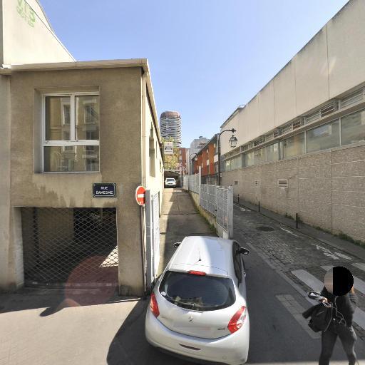 Regener Sté - Pièces et accessoires automobiles - Paris
