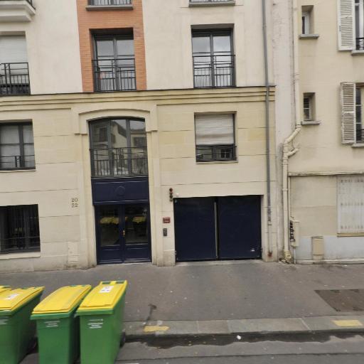Chantal Attia - Soins hors d'un cadre réglementé - Paris