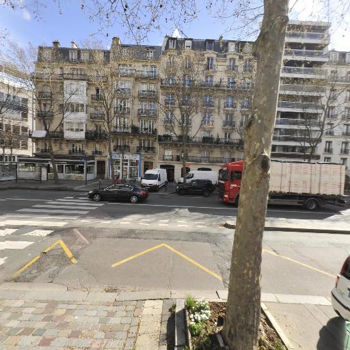 On-booking.com - Hôtel - Paris