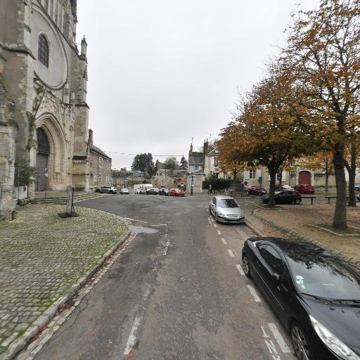 Collégiale Saint-Aignan - Attraction touristique - Orléans