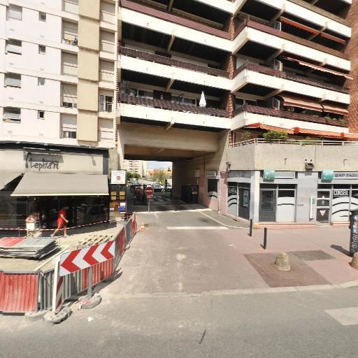 Ici Tout A 2 Euros RATTOUL SARL - Cadeaux - Toulouse
