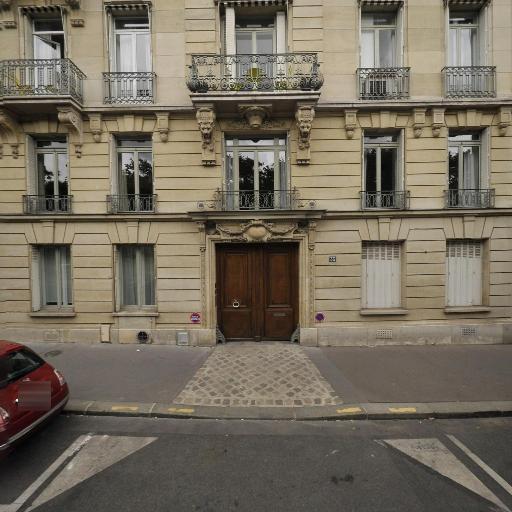 Christine De Courtivron - Soins hors d'un cadre réglementé - Paris